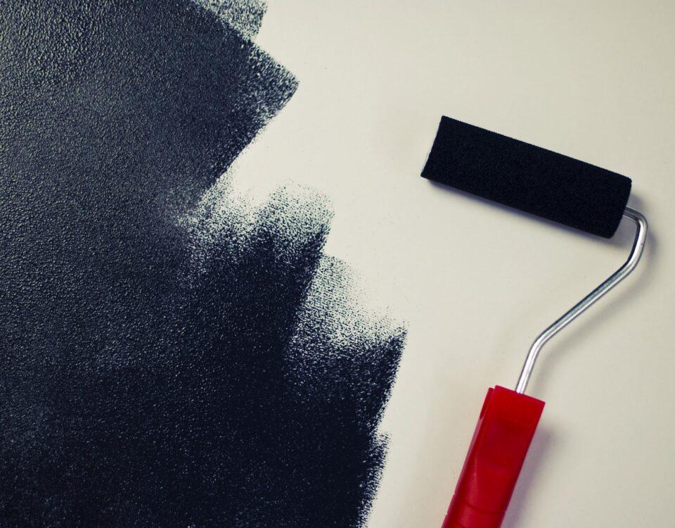 Quanto costa rasare e tinteggiare una stanza
