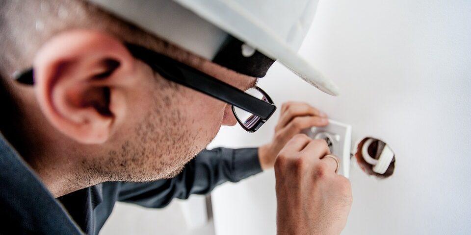 Installazione presa elettrica